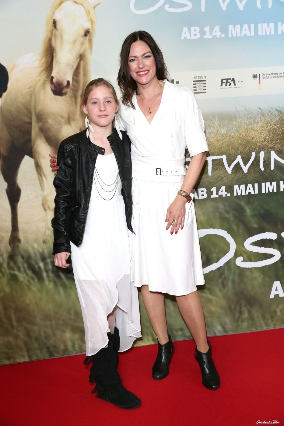 © 2015 Constantin Film Verleih GmbH  Nina Kronjaeger und ihre Tochter Lucille Deutschlandpremiere von Ostwind 2 im Mathäser Kino in München am 03.05.2015