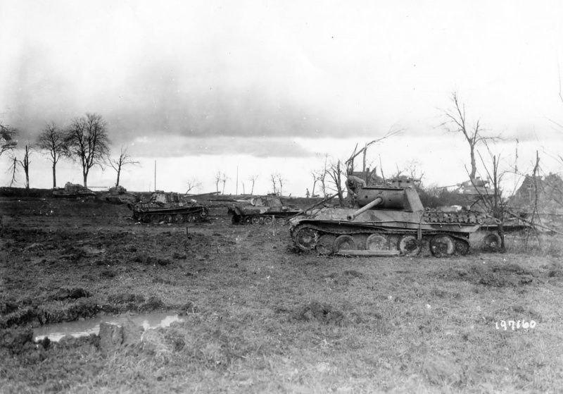 "Destroyed German tanks Pz.Kpfw.  V «Panther"" 11th Panzer division"
