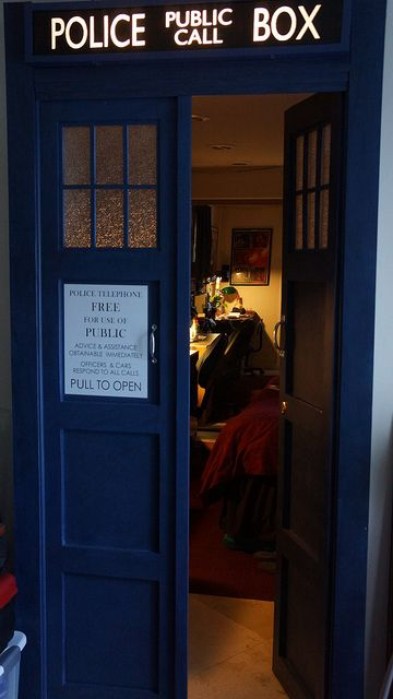 I Want These Doors As The Entrance To My Cinema Room ! Doctor Who BedroomTardis  ...