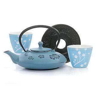 Baby Blue Cast Iron Teapot Love The Colour Tea Pots Cast Iron Tea Pot Tea Cups Vintage