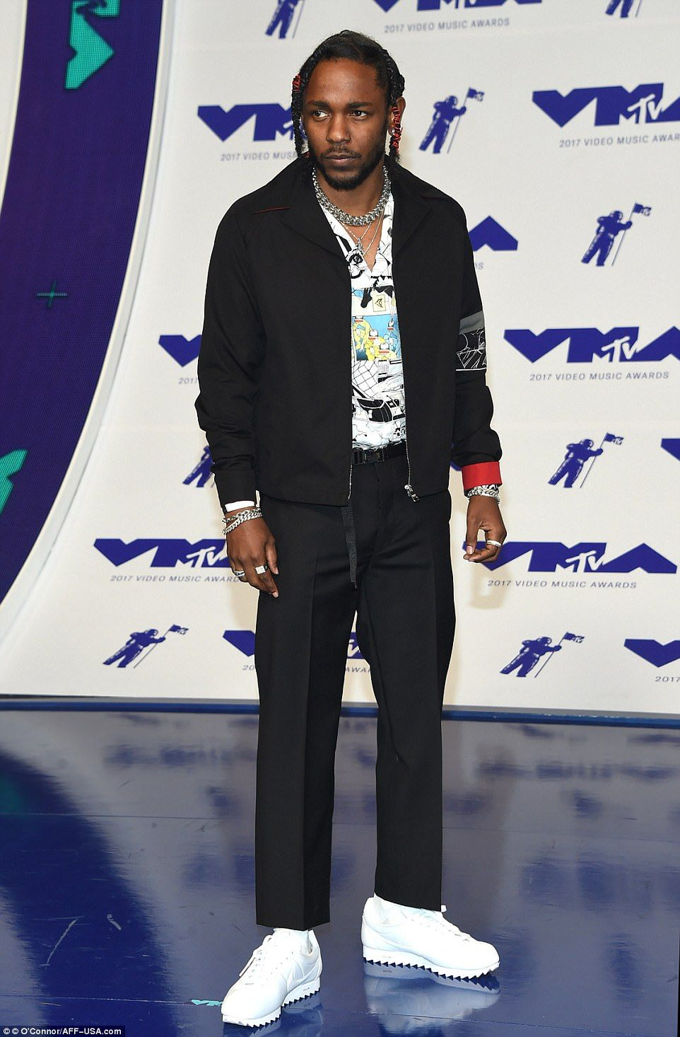 online store 1719d cf4a6 MTV Video Music Awards arrivals | streetwear | Nike cortez ...
