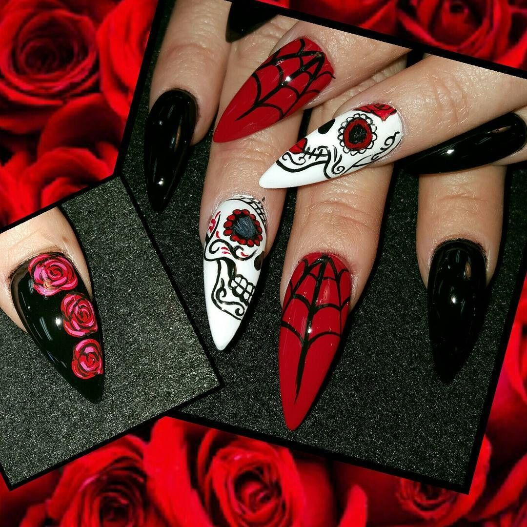 Day Of The Dead Nail Art Dia De Los Muertos Decoracion De Unas Dia De Los Muertos Decoracion De Unas Day O Sugar Skull Nails Skull Nails Halloween Nails Diy