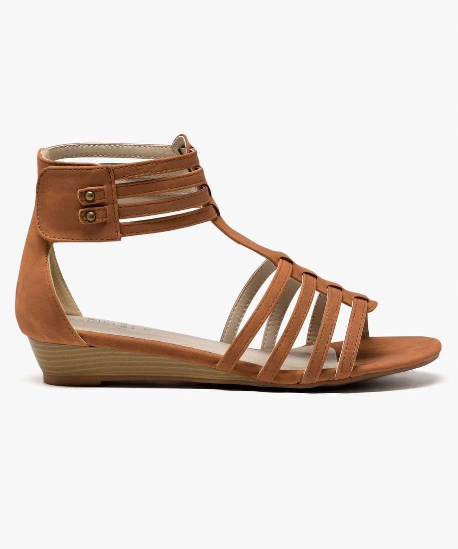 sandales multibrides pour femme avec petit talon compensé de 3 cms
