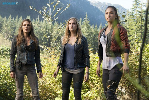 """#The100 2x06 """"Fog of War"""" - Abby, Clarke and Raven"""