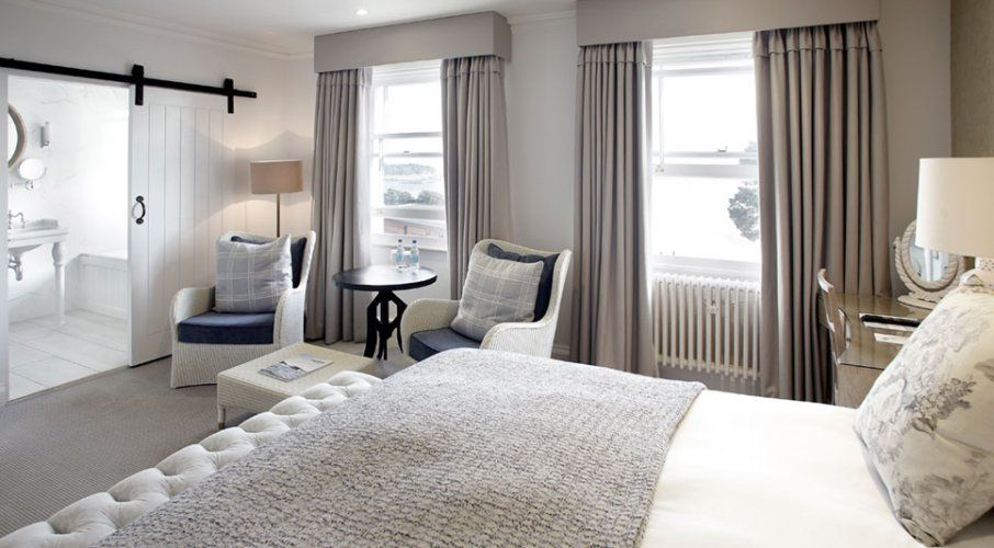 Best Luxury Rooms With Stunning Views Christchurch Harbour 400 x 300