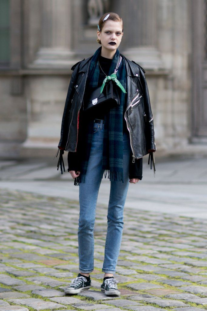 Paris Fashion Week: Women's Street Style Fall 2016 Day 4 by Vincenzo Grillo | The Impression