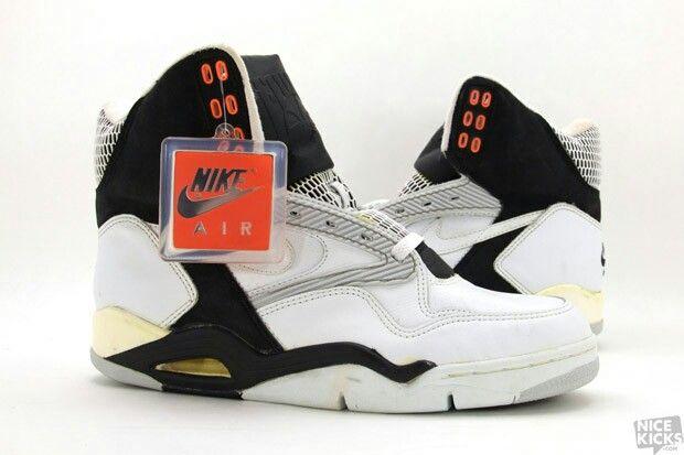 Nike Air Ultra Force High OG   Nike