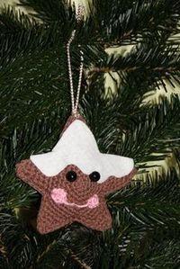 Kostenlose Häkelanleitung - Kleine gehäkelte Lebkuchenanhänger #crochetelements