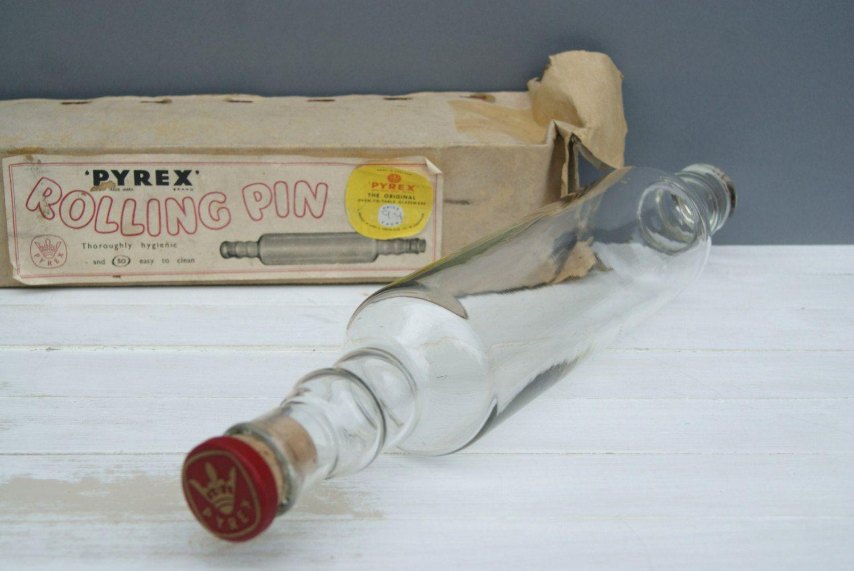 Vintage Pyrex Glass Rolling Pin With Original Box Jaj Pyrex Made In England Kitchenalia Circa 1960 39 S Vintage Pyrex Glass Pyrex Vintage Pyrex Glass [ 1003 x 1500 Pixel ]