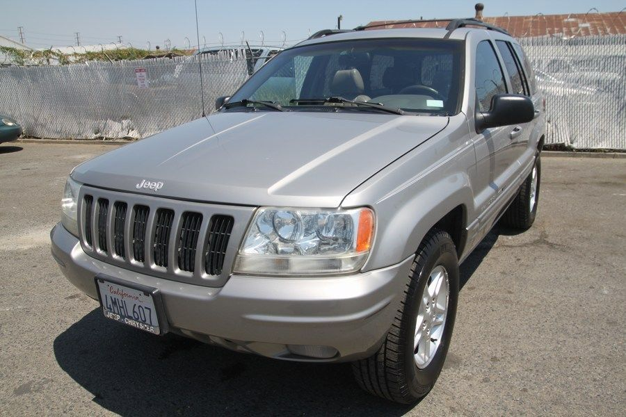 Car brand auctionedJeep Grand Cherokee Limited Sport