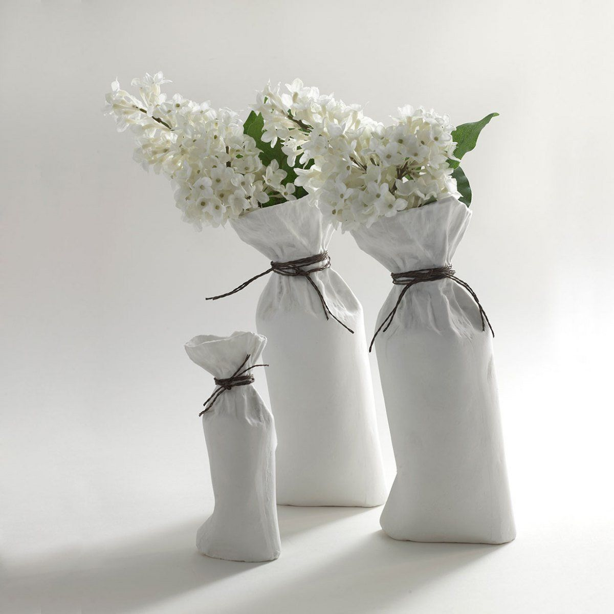 The Sacchetto Vase is a ceramic flower