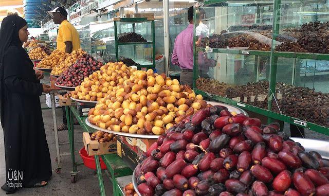 Abu Dhabi Part 2: Wie gut man es doch so als Falke im Falkenhospital hat, die große Dattelverkostung, ein bißchen Fischmarkt und ein paar Restauranttips !
