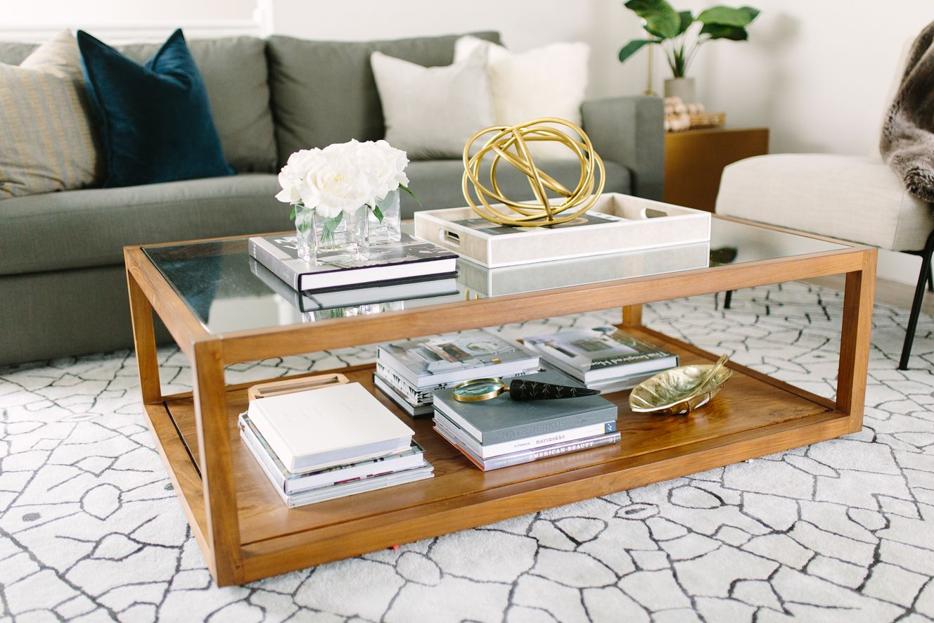 Modern And Classic Living Room Design Coffee Table Accessories