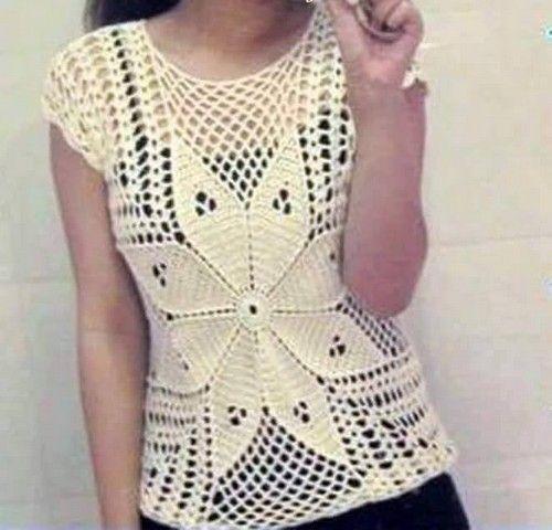 1d324d01f Hermoso modelo de blusa a crochet con flor! Vea como tejer esta ...