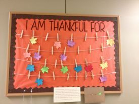 I am thankful for... bulletin board #RA #bulletinboard #residentassistand #reslife November Bulletin Boards, Thanksgiving Bulletin Boards, Work Bulletin Boards, Interactive Bulletin Boards, Classroom Bulletin Boards, Thanksgiving Crafts, Happy Thanksgiving, Bullentin Boards, Bulletin Board Ideas For Church #novemberbulletinboards