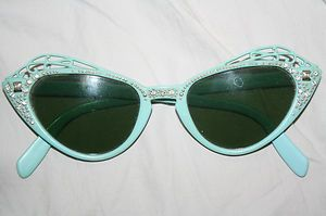 Vintage 1950s foster grant womens light blue butterfly sunglasses w ... 5cf730f1ee