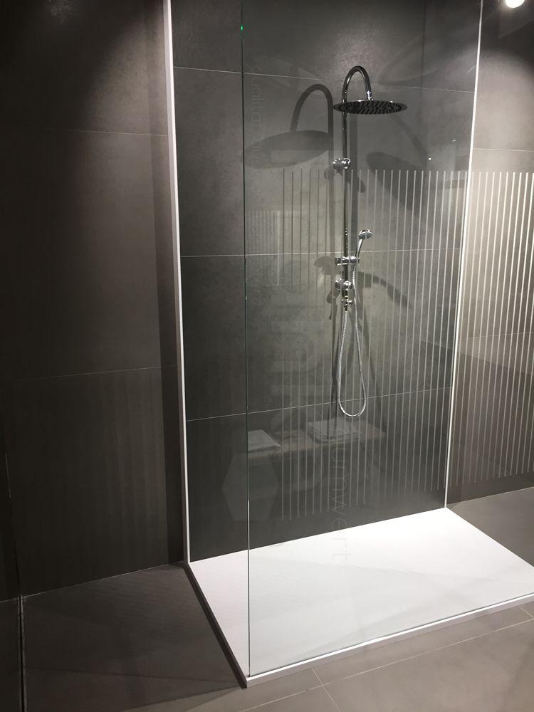 Inspiration Für Kleine Bäder Mit Bodenebener Dusche #Badezimmer #Fliesen # Schwarz #weiß #