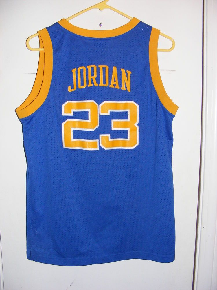 0b4ad320863 Youth Michael Jordan Laney High School Bucs Jersey  23 Size Large (12-14)   AirJordan  ChicagoBulls