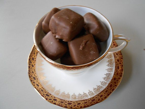 Duchess 'Winchester' bone china teacup & saucer with turkish delight chocolates xmas gift, favours