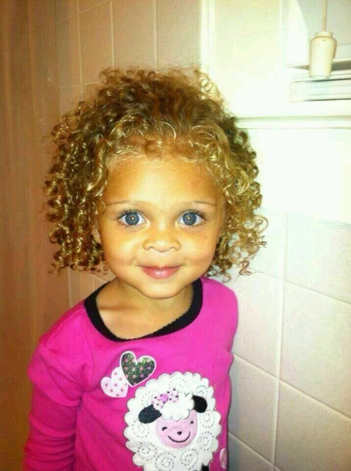 Mixed Race Kid With Blue Eyes Baby Girl Blue Eyes Cute Baby