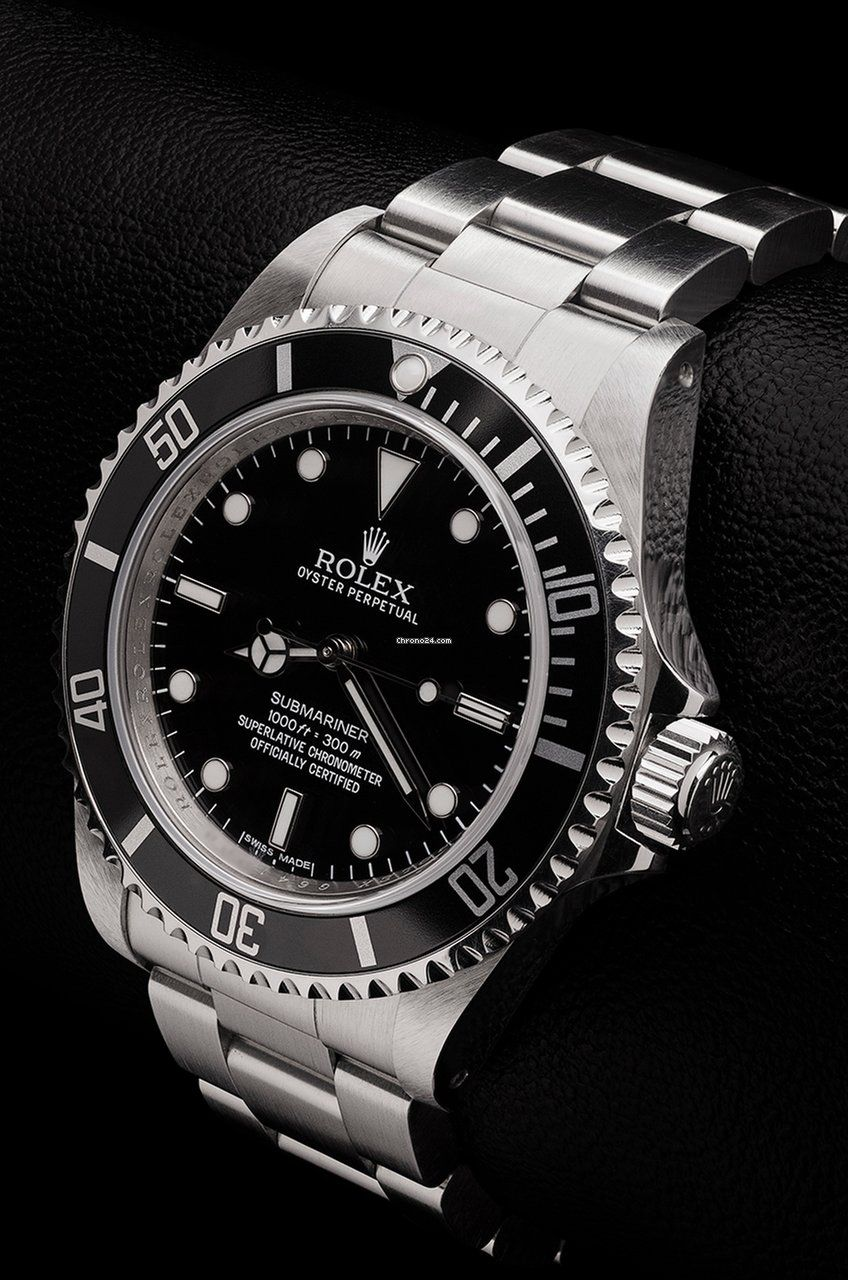 Rolex Submariner 14060M Unpolished Mint Condition 2012 for £9,750 for sale from a Trusted Seller on Chrono24