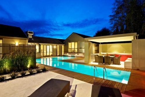 The Williams is an L-shaped, wet edge pool that was built into the ...