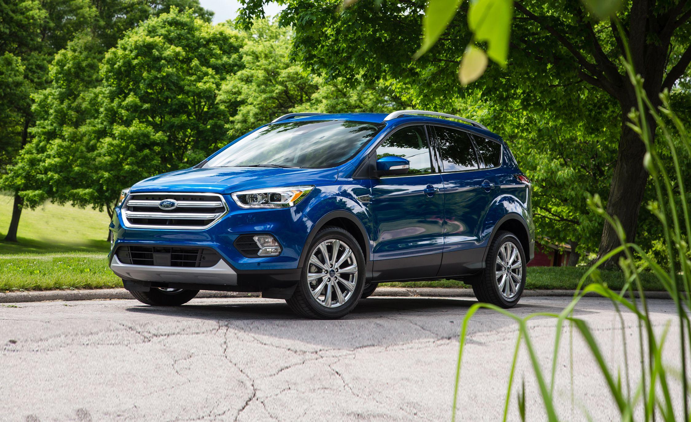 2021 Ford Escape Review Pricing And Specs Ford Escape 2017 Ford Escape Sport Suv