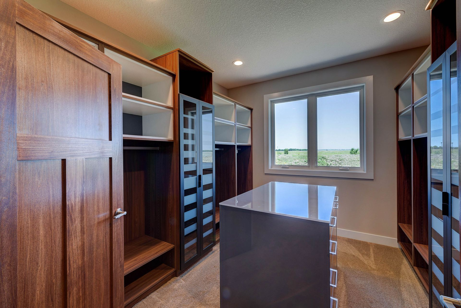Lux Custom Closet In This Amazing Custom Home Built By Fieldstone Family Homes In Shakopee Mn Home Building A House Custom Homes