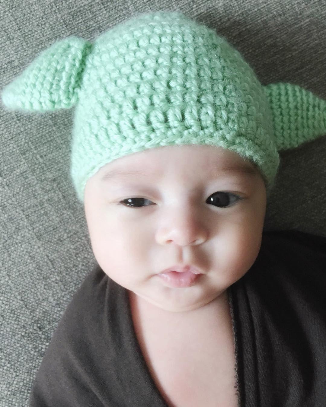 Baby Yoda Costume, Yoda Crochet Hat | crochet | Pinterest
