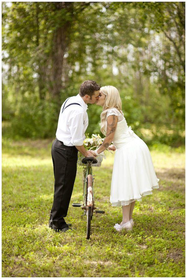 Delightful Cycles Rustic Wedding Photos Wedding Photos Poses Wedding