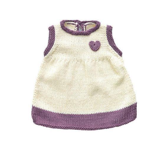 Mira este artículo en mi tienda de Etsy: https://www.etsy.com/es/listing/269846417/vestido-de-bebe-sin-mangas-hecho-a-mano