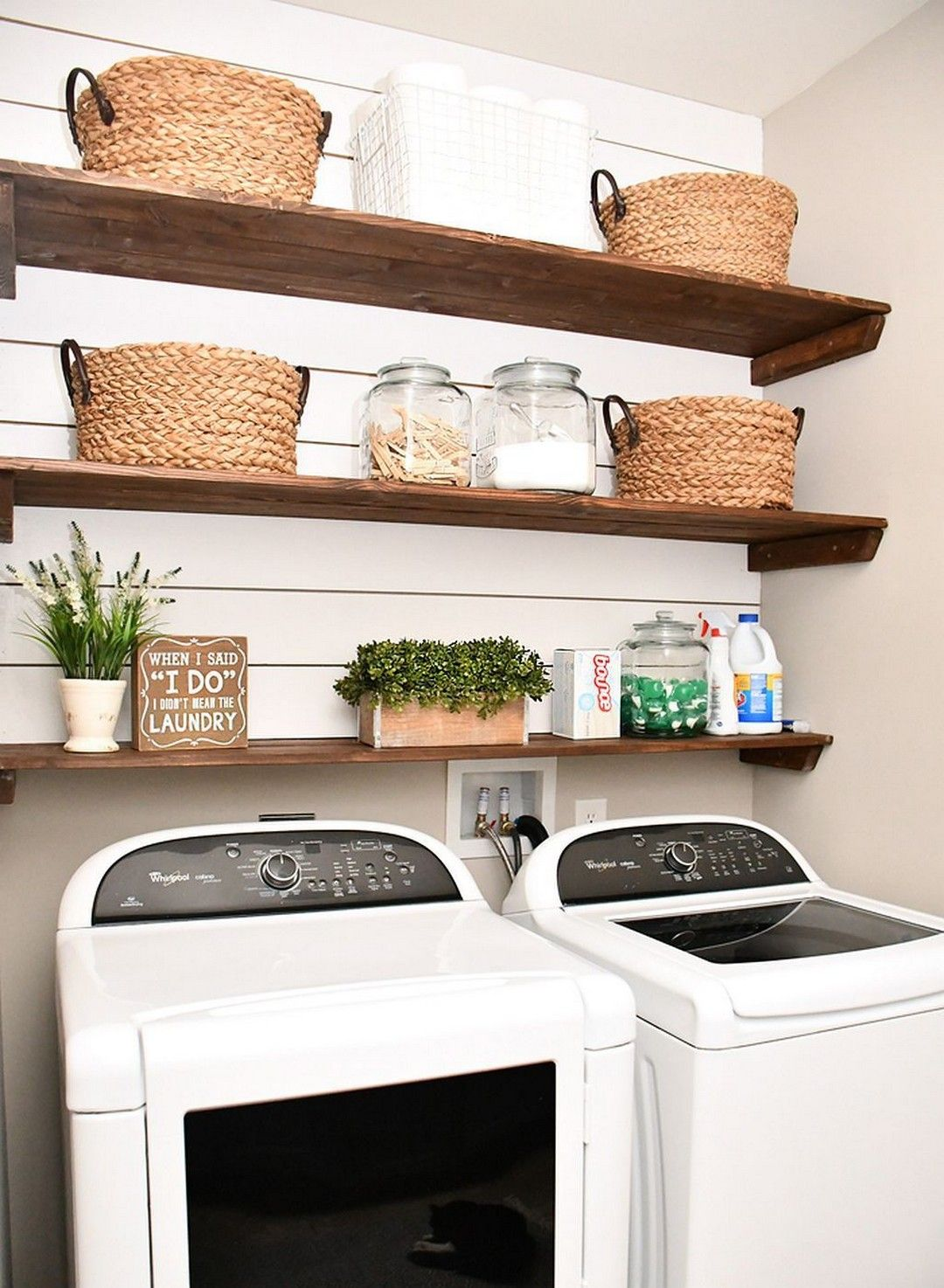 Photo of 25 DIY Laundry Room Shiplap and Shelving
