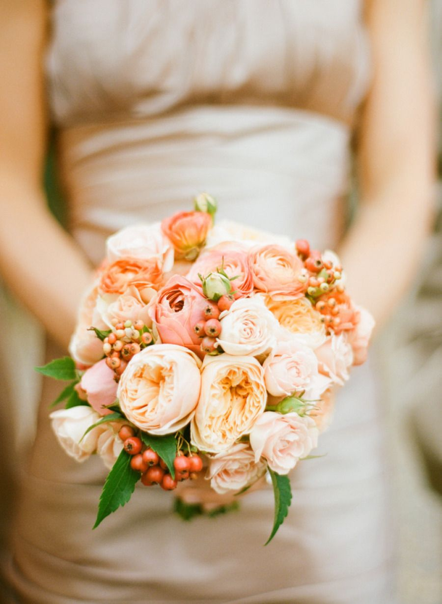 Peach colours wedding bouquets