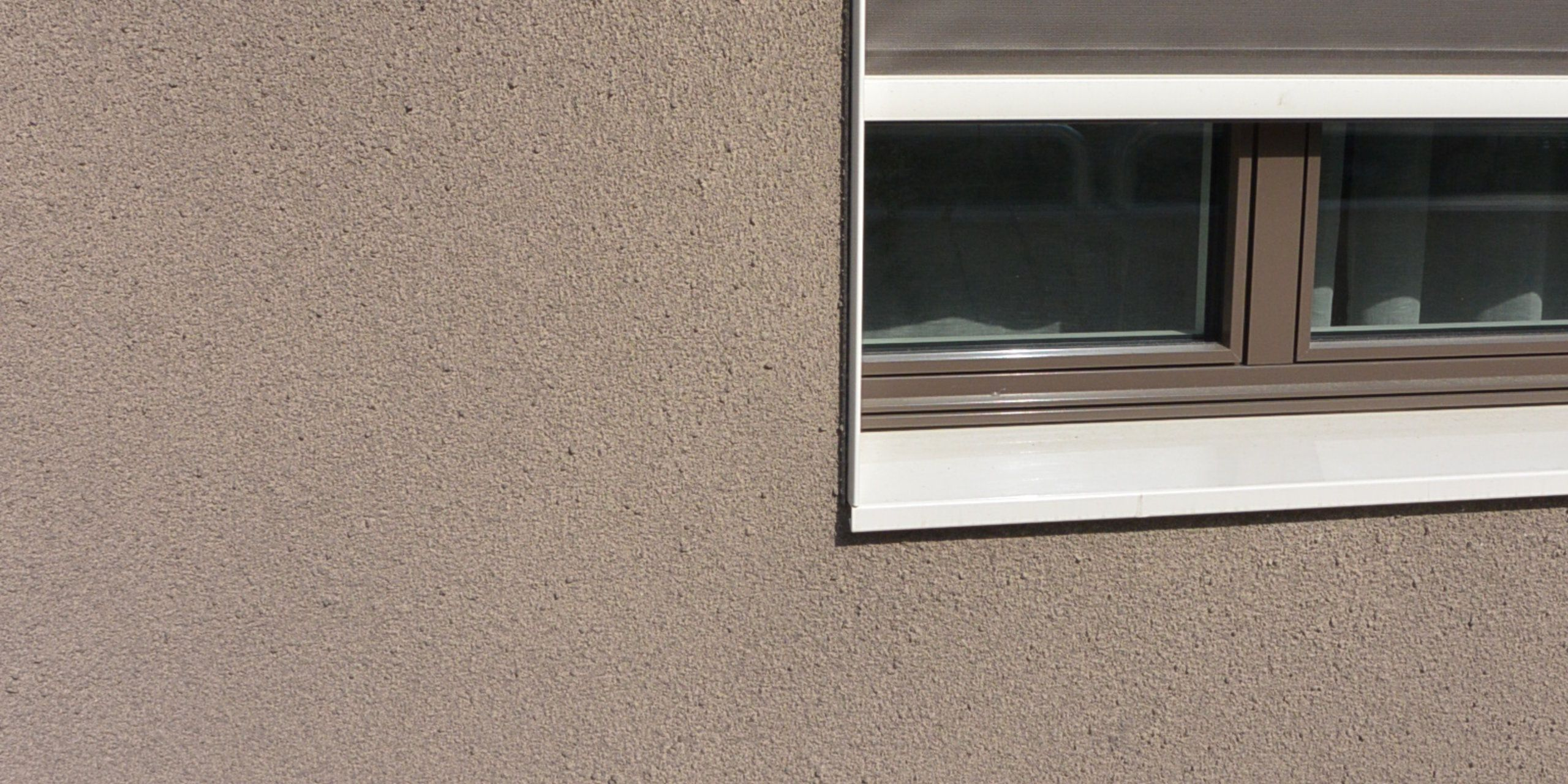 k5 grau mit verputzter fassade fassadensysteme w rmed mmsysteme hinterl ftete fassade. Black Bedroom Furniture Sets. Home Design Ideas
