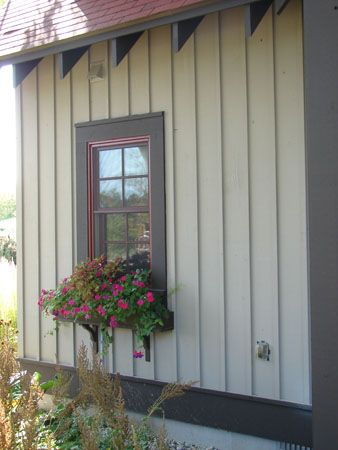 Cedar Lap Siding Cedar Siding Photos Cedar Shingles Pictures Lake Houses Exterior Cottage Exterior Exterior House Siding