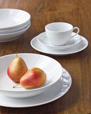 Pillivuyt Coupe Porcelain Soup/Pasta Plates Set of 4 & Pillivuyt Coupe Porcelain Soup/Pasta Plates Set of 4 | Porcelain ...