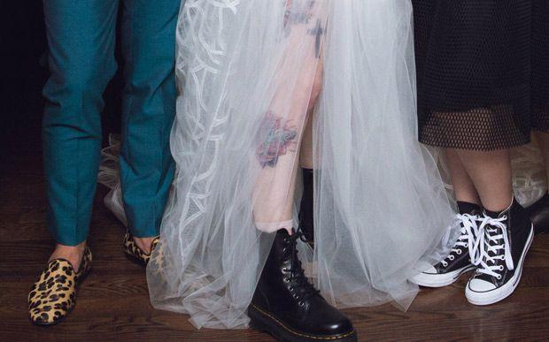 Vem ver mais fotos lindas do casamento - e do vestido - da Hayley Williams - Famosos - CAPRICHO