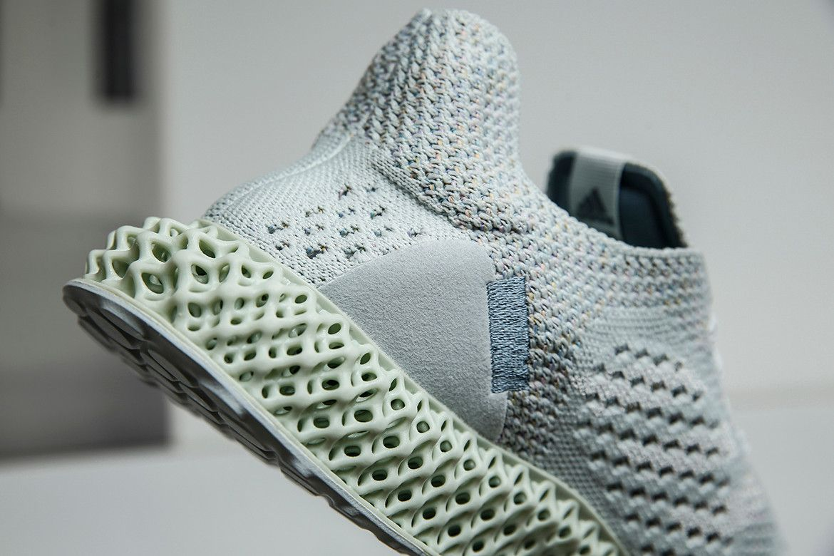 10f2ccb5bd5 獨家開箱 INVINCIBLE x adidas Consortium Futurecraft 4D 聯乘鞋款 ...