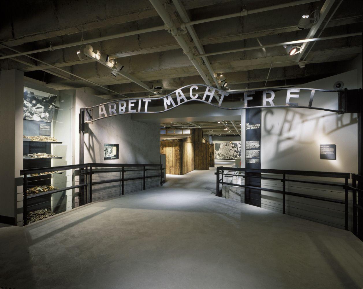 Resultado De Imagen De United States Holocaust Memorial Museum - Concentration camp museums in usa