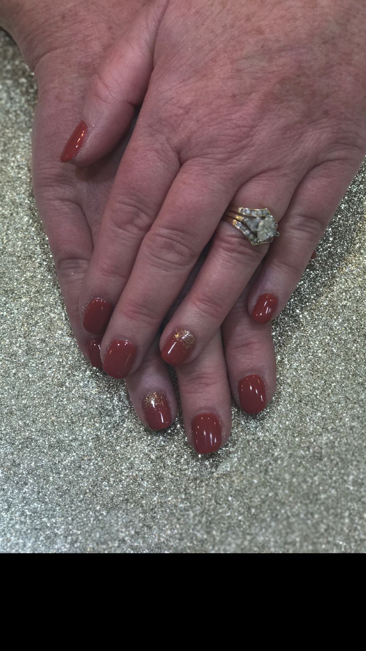 Beautiful nail art! Glitter fade nails with a gorgeous wedding ring ...