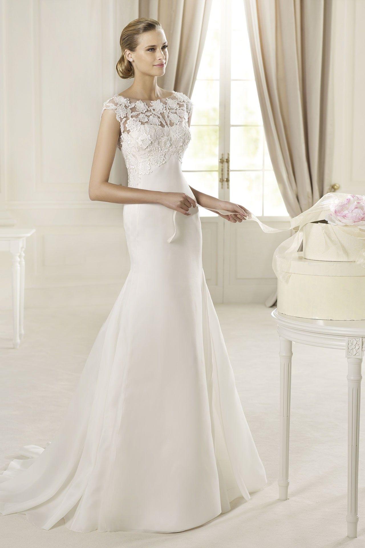 Vera wang designer wedding dresses  Wedding Dresses  The Ultimate Gallery BridesMagazine
