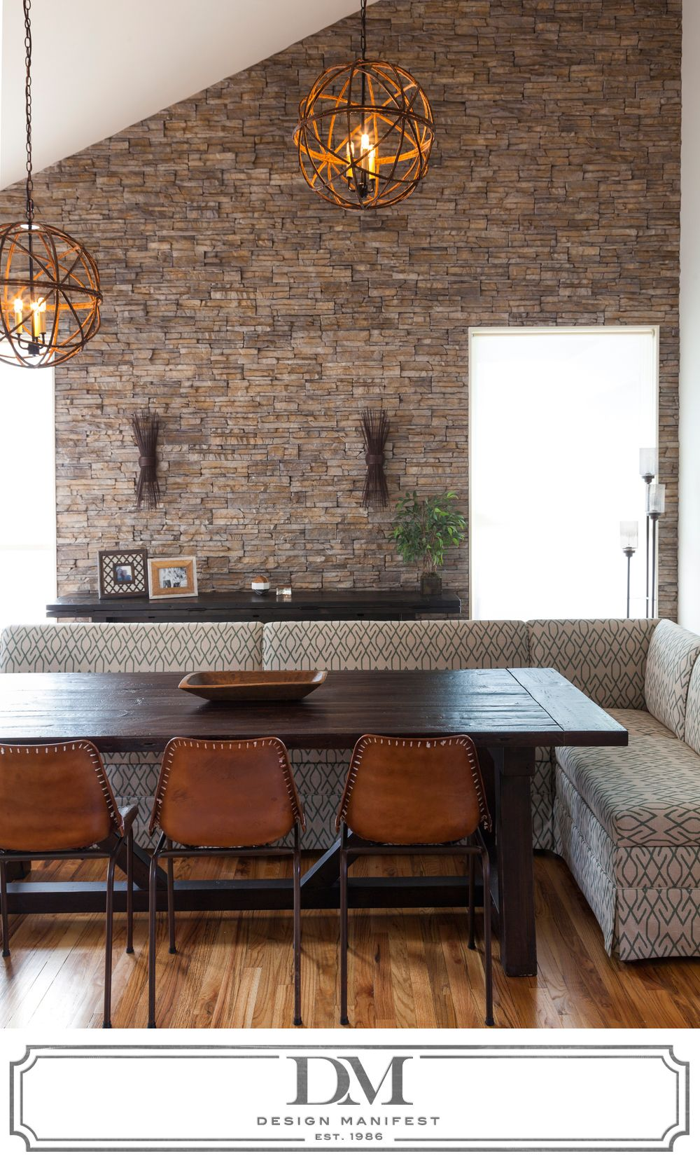 Modern rustic dining room sectional paired with farm for Modern rustic dining room ideas