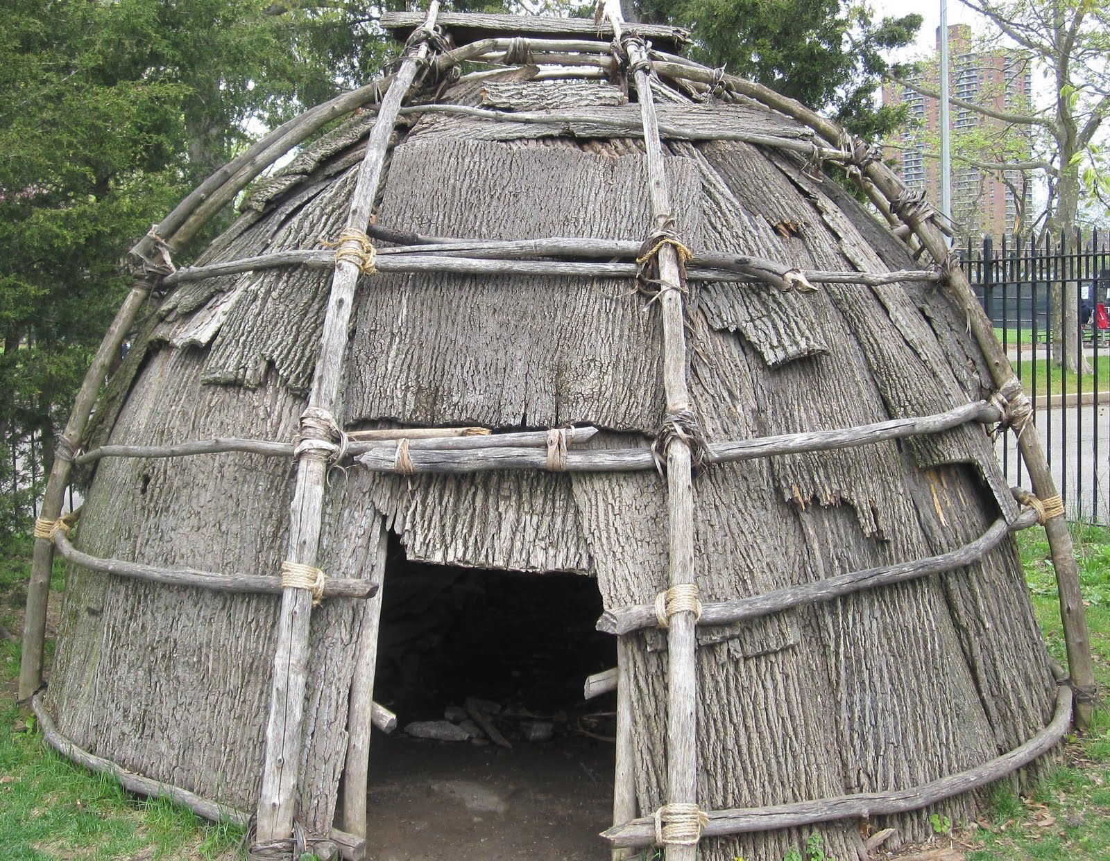 Cherokee houses cherokee tribes of the indian nation for Tribal house