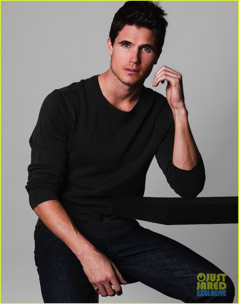 robbie amell movies