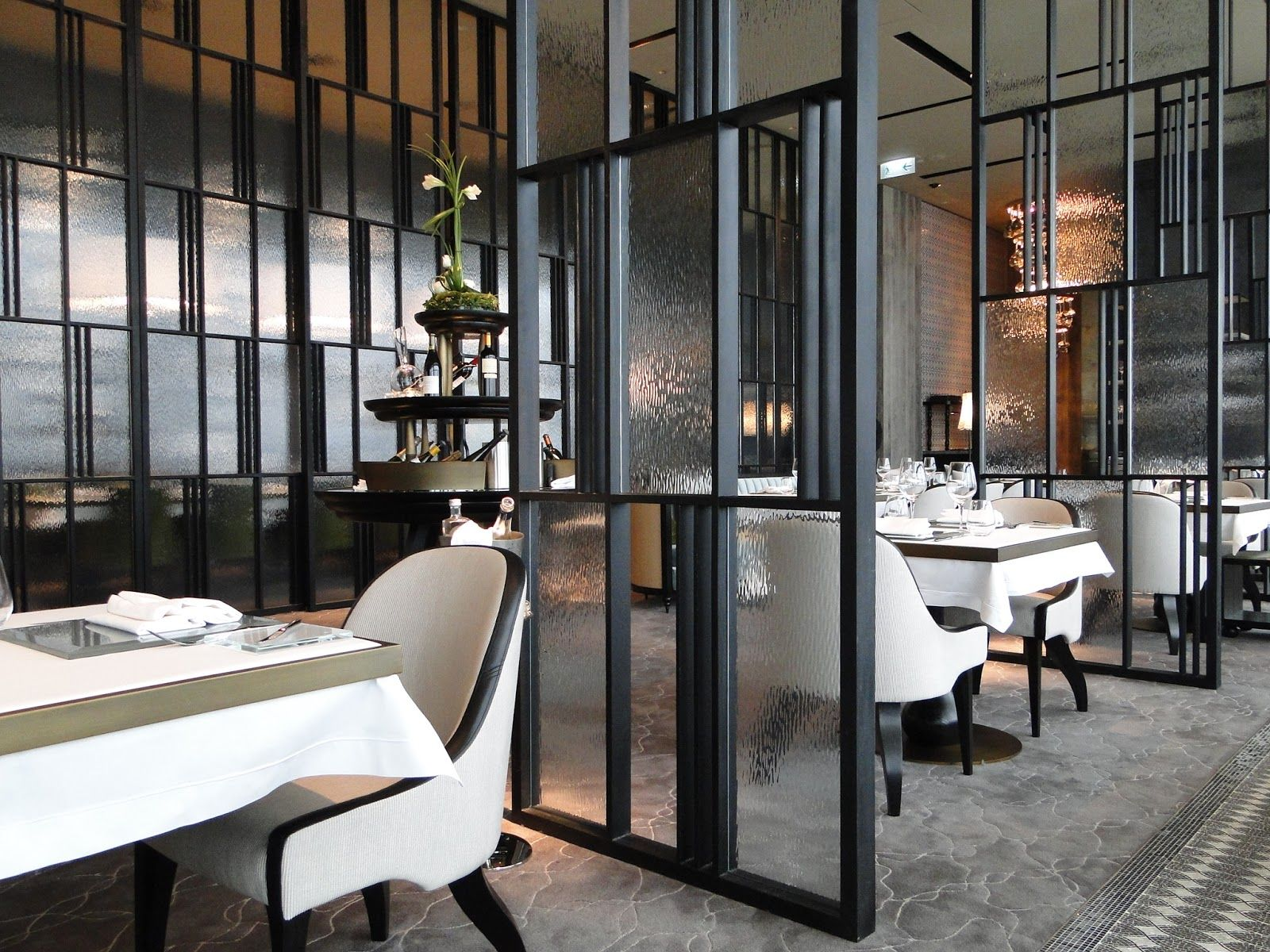 Dining Room Partition Restaurant