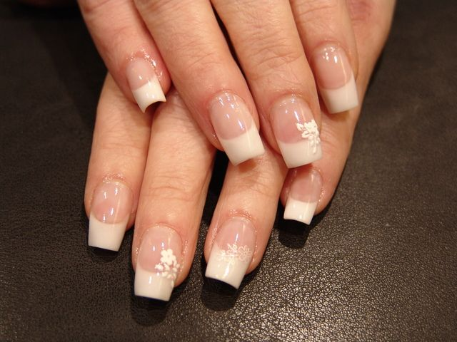 American Style Manicure Acryl French Nails American