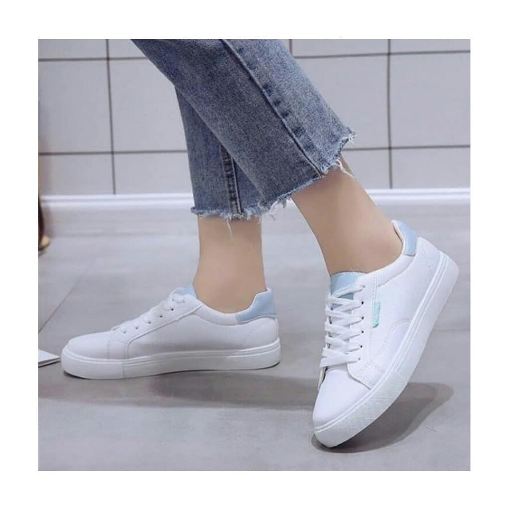 Idr 90 000 Size 36 40 Warna Putih 1 Kg Muat 2 Sepatu Harga Belum Termasuk Ongkir Pengiriman Idr 90 000 Size 36 40 Warna Puti Sepatu Sepatu Kets Warna
