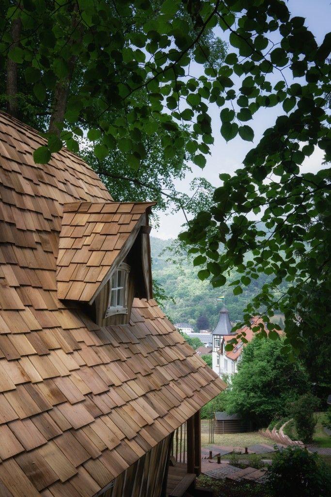 Übernachten im Hexenhaus Crooked house, House styles