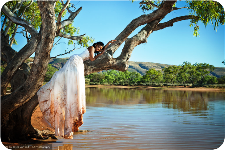 Australia Trash The Dress Day After Wedding Photo Shoot