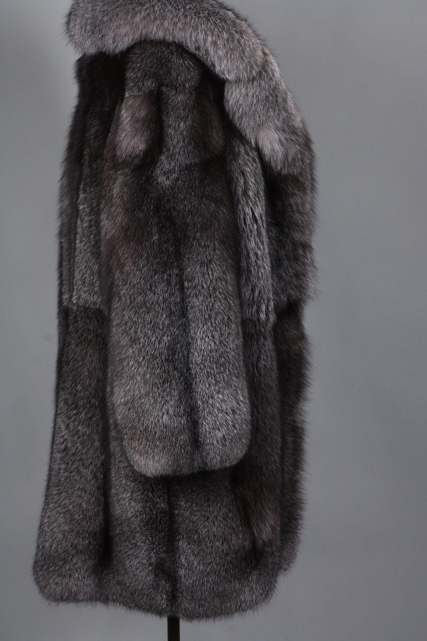 fa5342bde7ff6 Blue Frost Fox Mens Fox Fur Coat   furs and men and ...